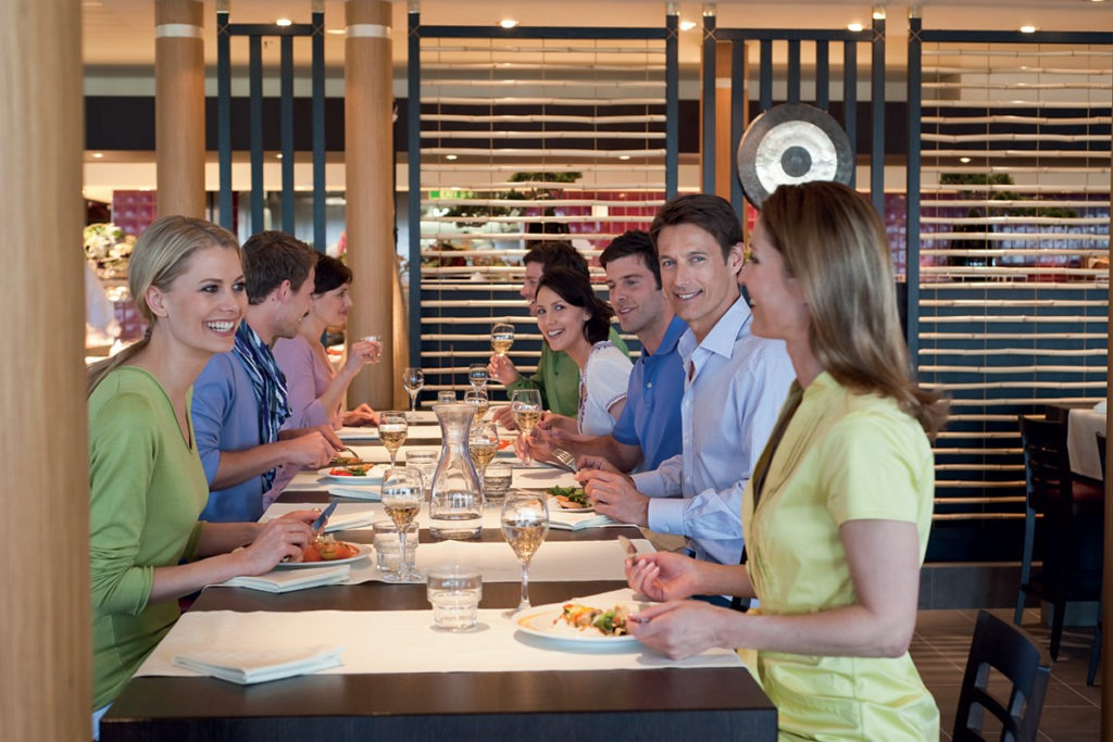 AIDAsol restauracja East