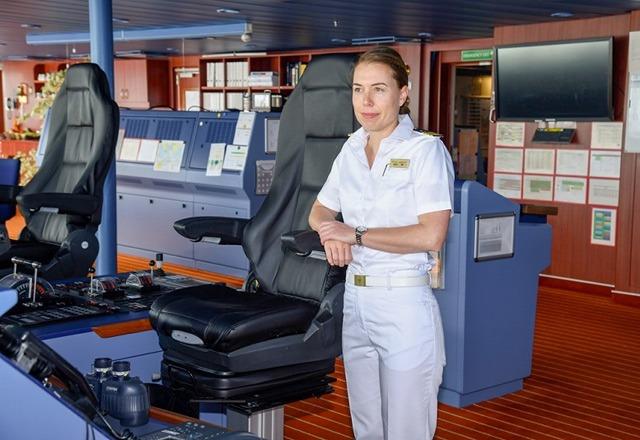 Nicole Langosh kapitanem statku AIDAnova