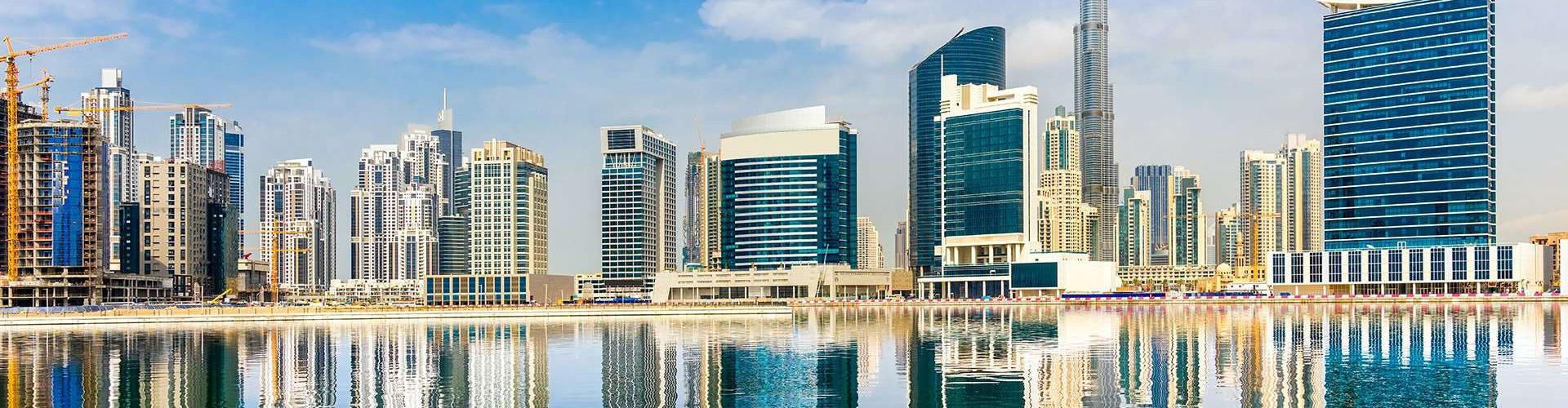 Emiraty, Bahrajn i Katar z Dubaju